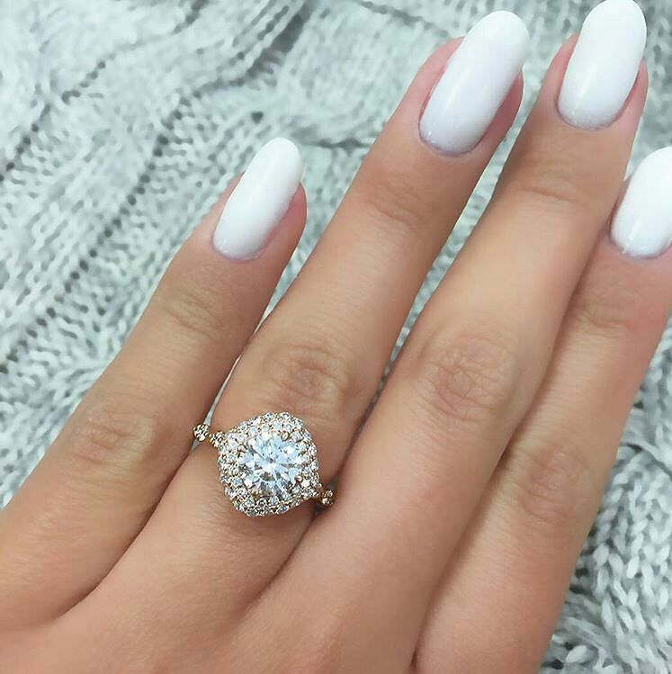 75 Unique engagement rings with Glamorous Charm