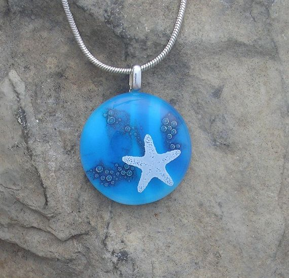 Red Starfish Cabochon Glass Pendant