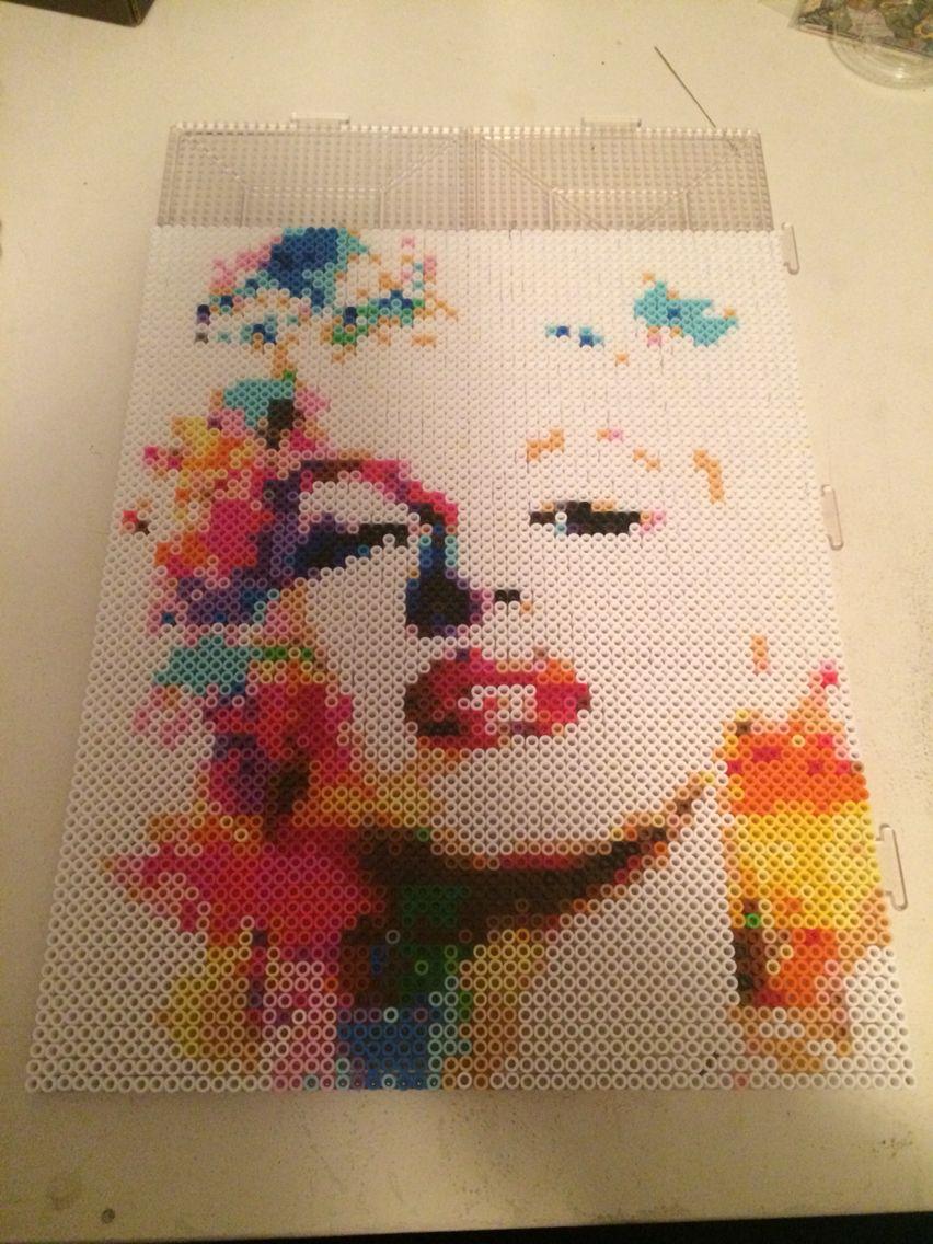 Marilyn monroe perler bead portrait just one of the many - Hama beads cuadros ...