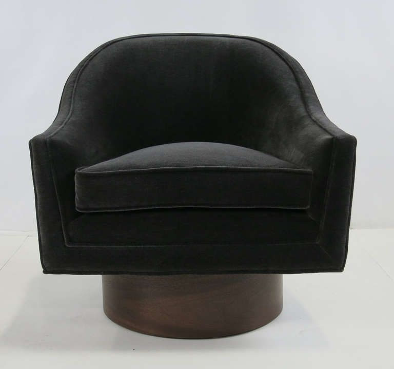 Pair Of Harvey Probber Swivel Chairs At 1stdibs