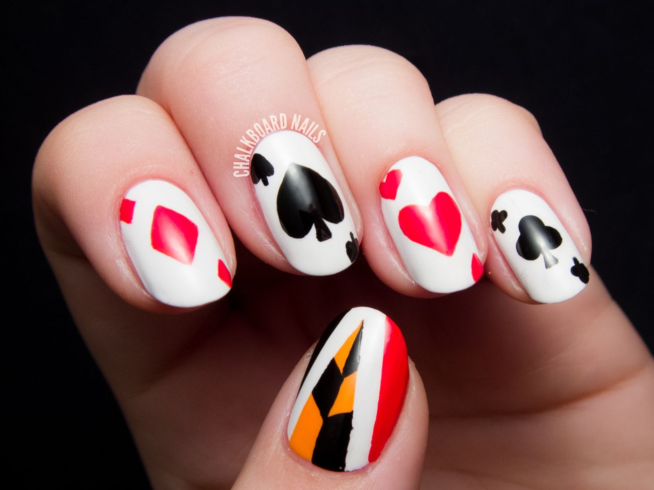 Off with their heads queen of hearts nail art queen of hearts queen of hearts nail art prinsesfo Images