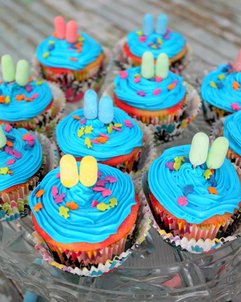 Pool Party Popsicle Cupcakes