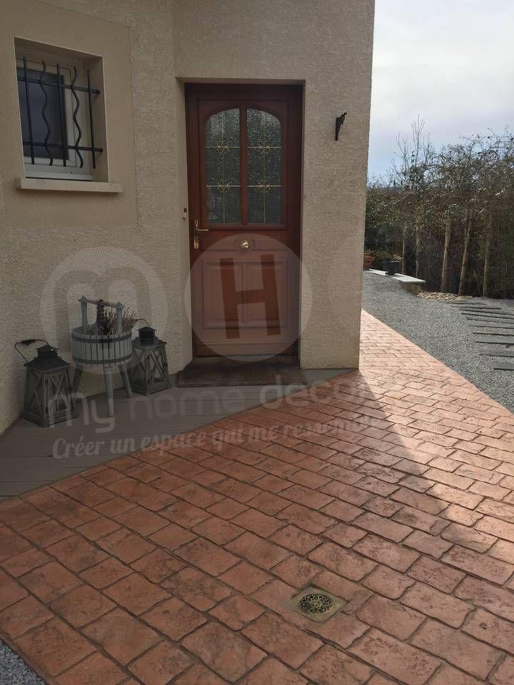 Entrée de maison en Béton Décoratif Matricé motif pavés Cours - beton decoratif pour terrasse
