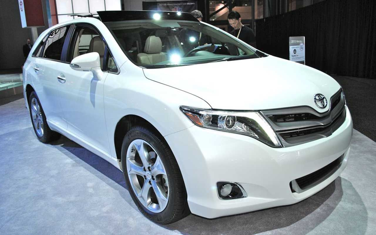 New 2018 toyota venza design as well better powertrain future vehicle news