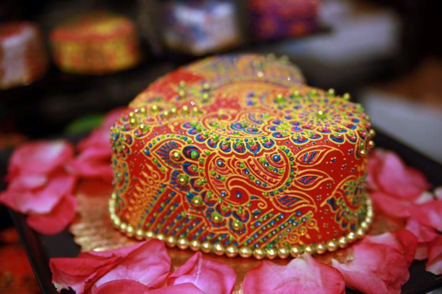 Mehndi Inspired Cake : Pin by lisa denton on laci cake mehndi and