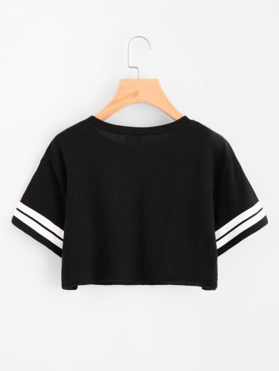 Camiseta corta con rayaSpanish SheIn(Sheinside) is part of Fashion -