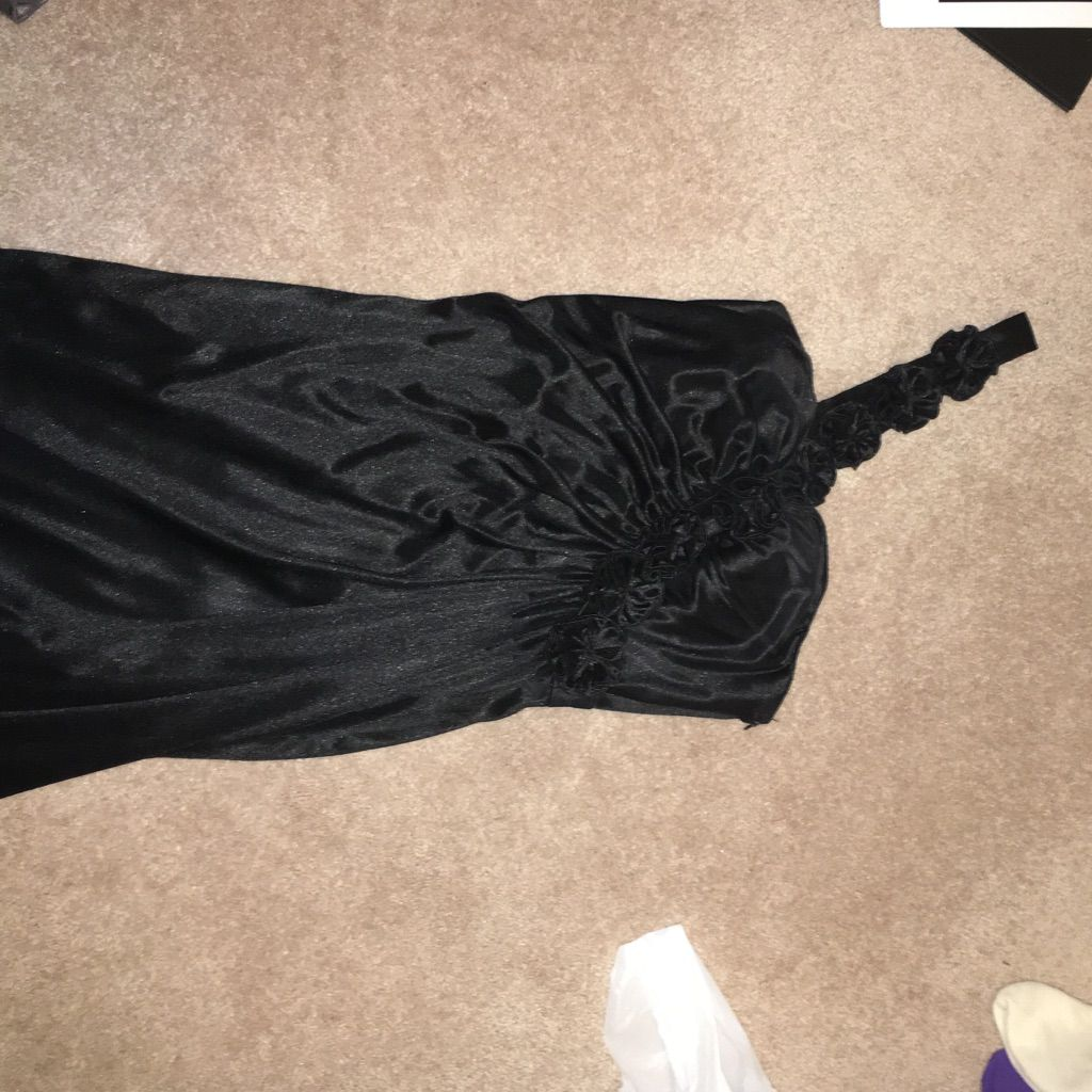 Black silky semi flowy dress products