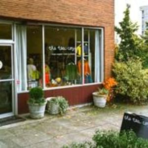Creative Things To Do In And Around Seattle Create Whimsy Yarn Shop Tea Cozy Local Yarn Shop
