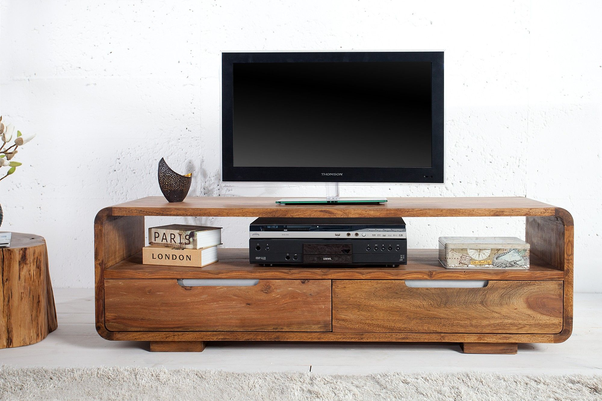 Pingl Par Iyash Panchoo Sur Ip Teak Furniture Pinterest  # Etagere Pour Television En Bois