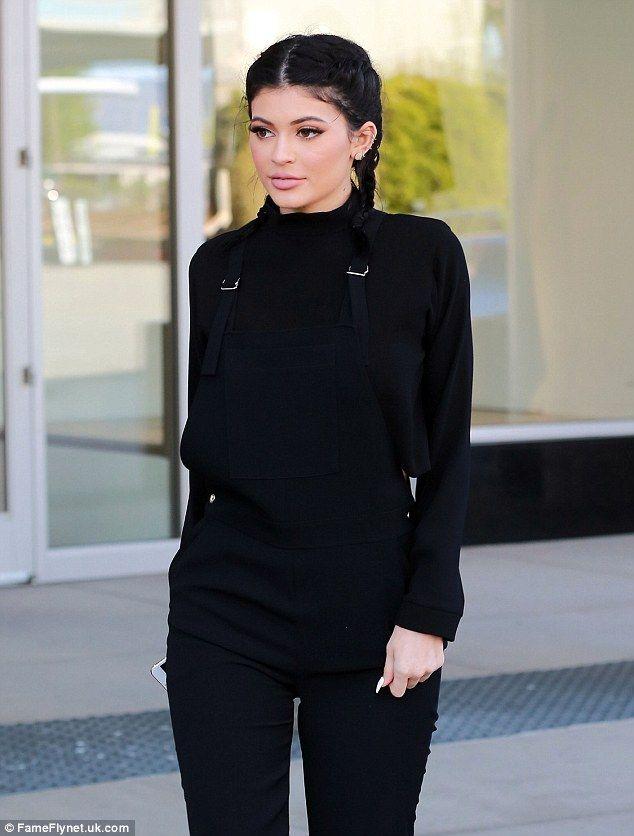 a800a95d4 Kylie Jenner Exposes Her Secret to a Perkier Butt