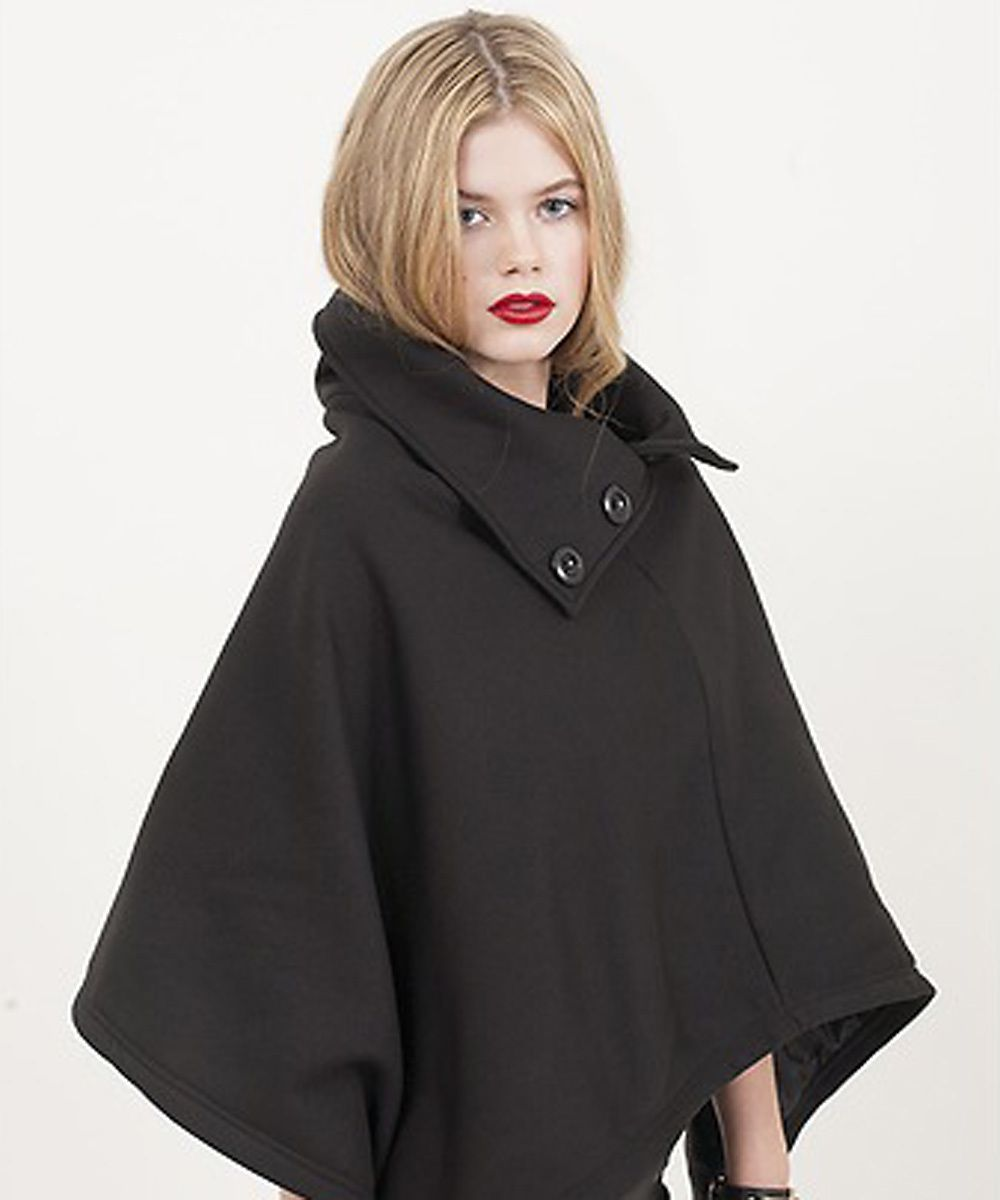 Cozy Up Cape in Black by TrendyBlendy