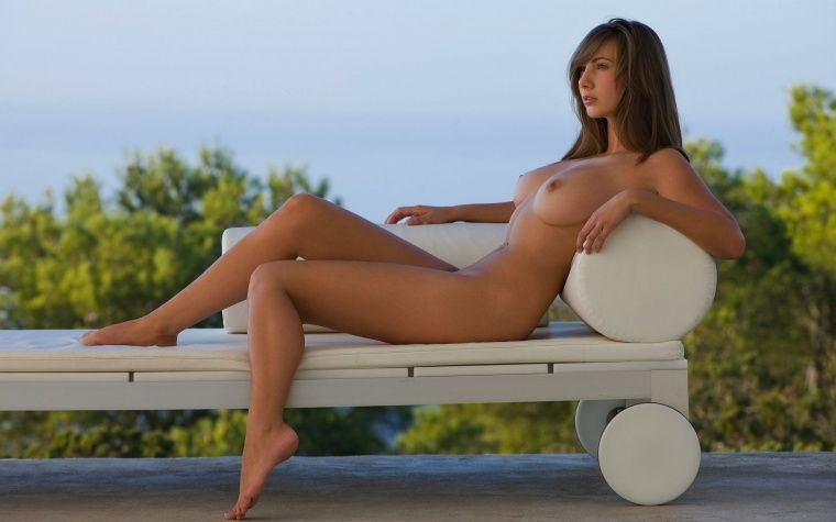 hot ametuer nude chubby