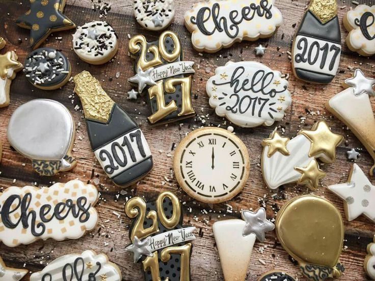 New Year's cookies (With images) New years cookies, New