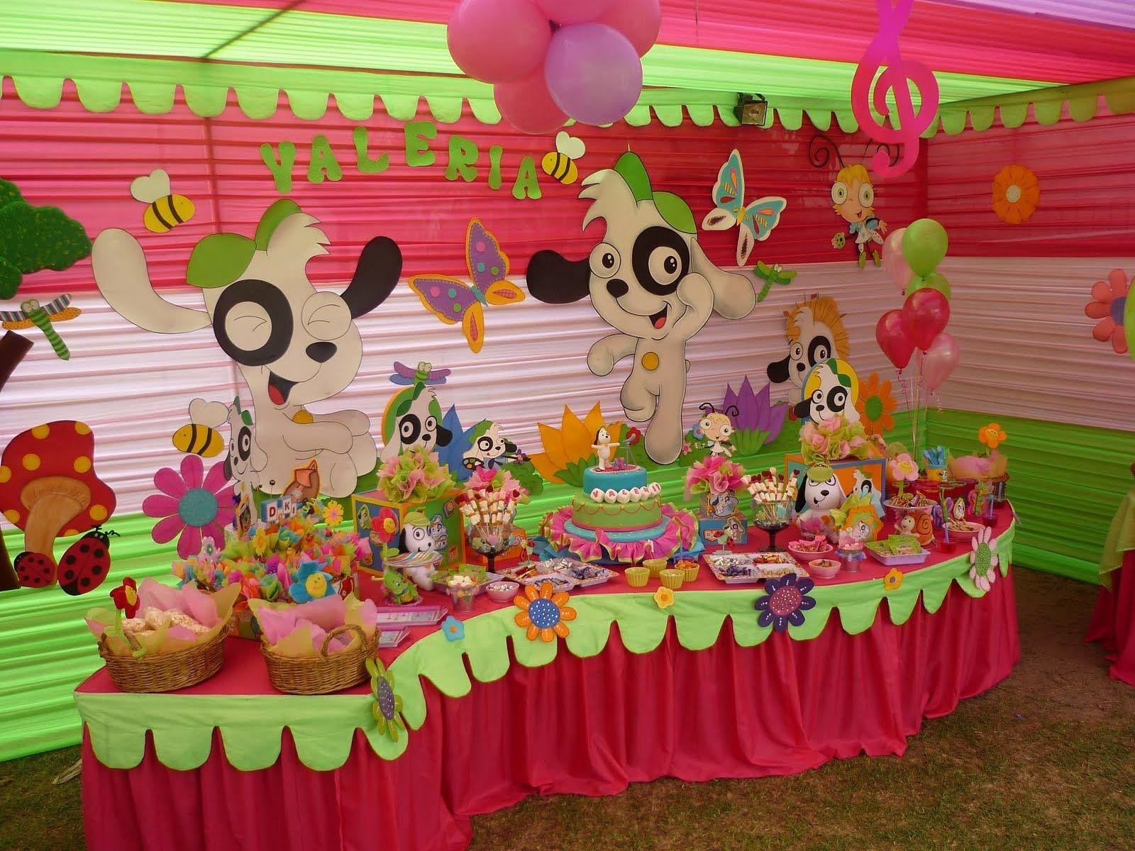 Montaje de mesa de dulces para fiesta infantil ideas for Decoracion mesas dulces