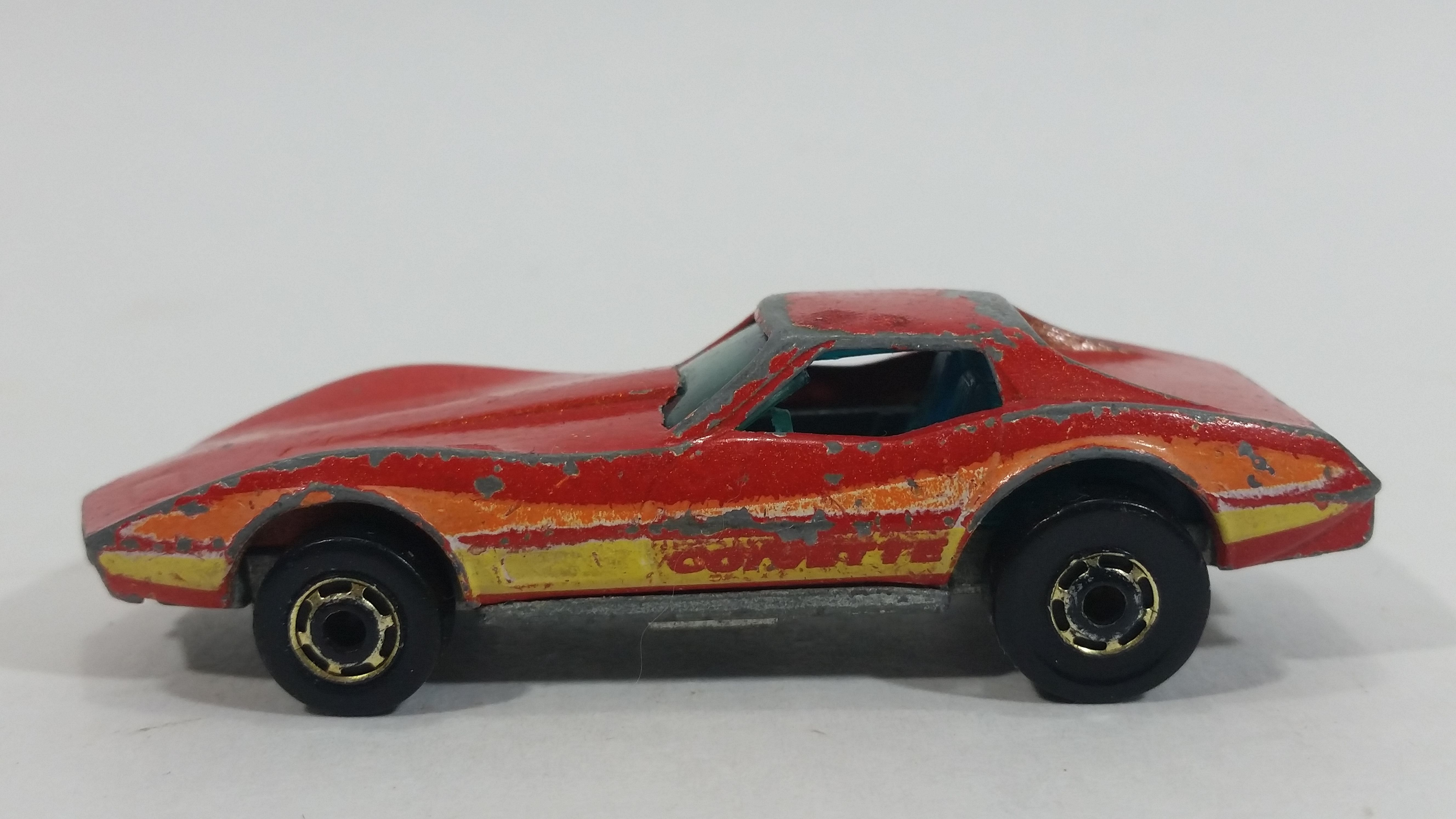 1982 Hot Wheels Gold Hot Ones Corvette Stingray Red Die Cast Toy Car Vehicle Hong Kong Toy Car Hot Wheels Toy Model Cars