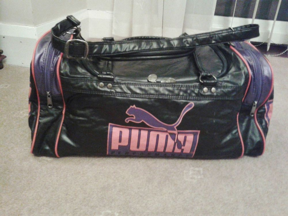 Vintage Puma gym large sports bag holdall in black and red ... 97e9a25354eaa