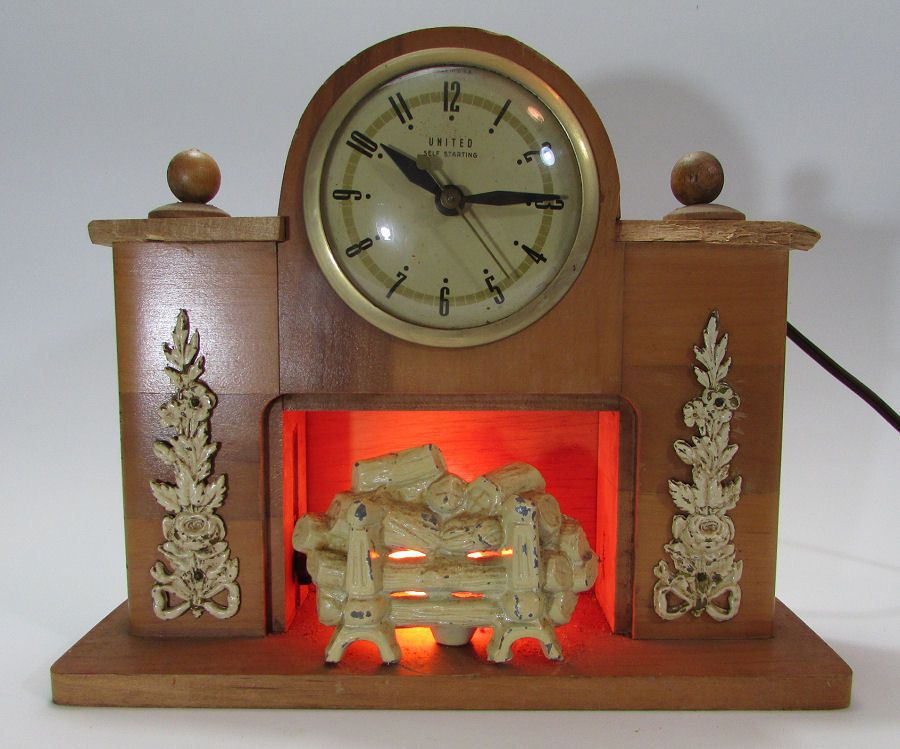 Vintage 1940s United Clock Corp Fireplace Mantel Electric