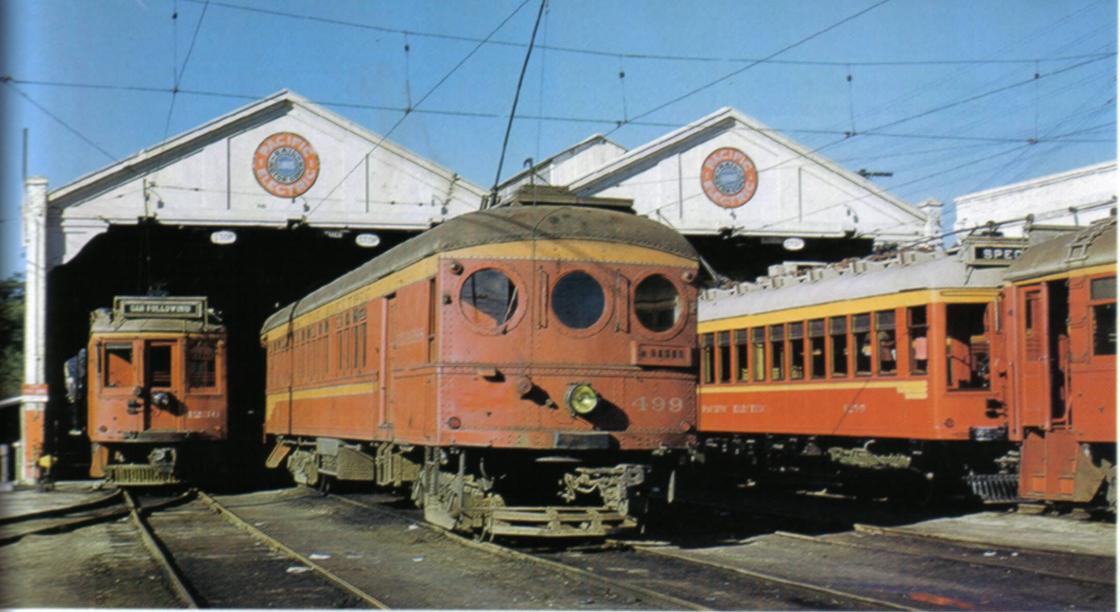 499 pacific electric 400 series street cars red car