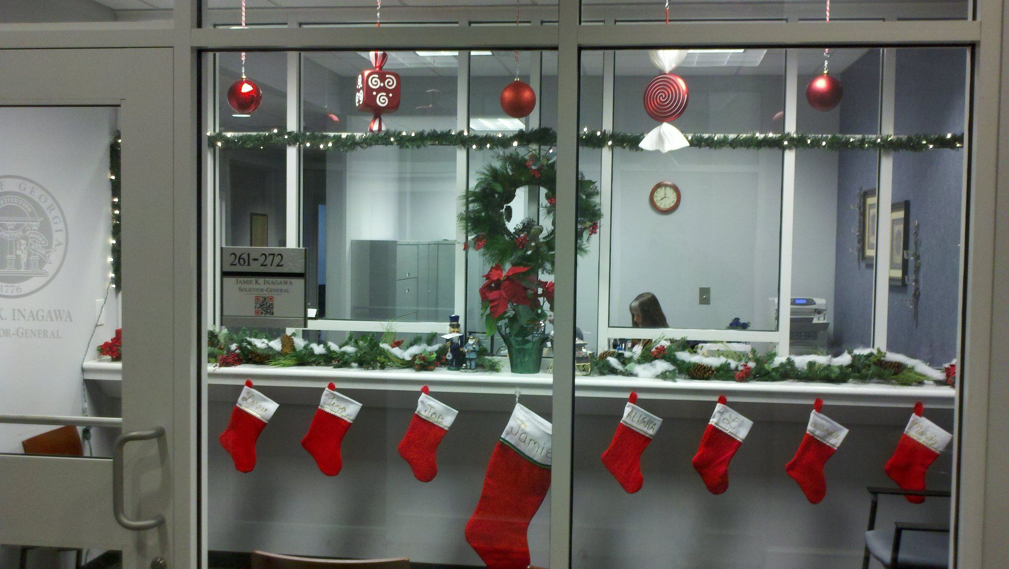 office decorating ideas for Christmas  Office Holiday Ideas