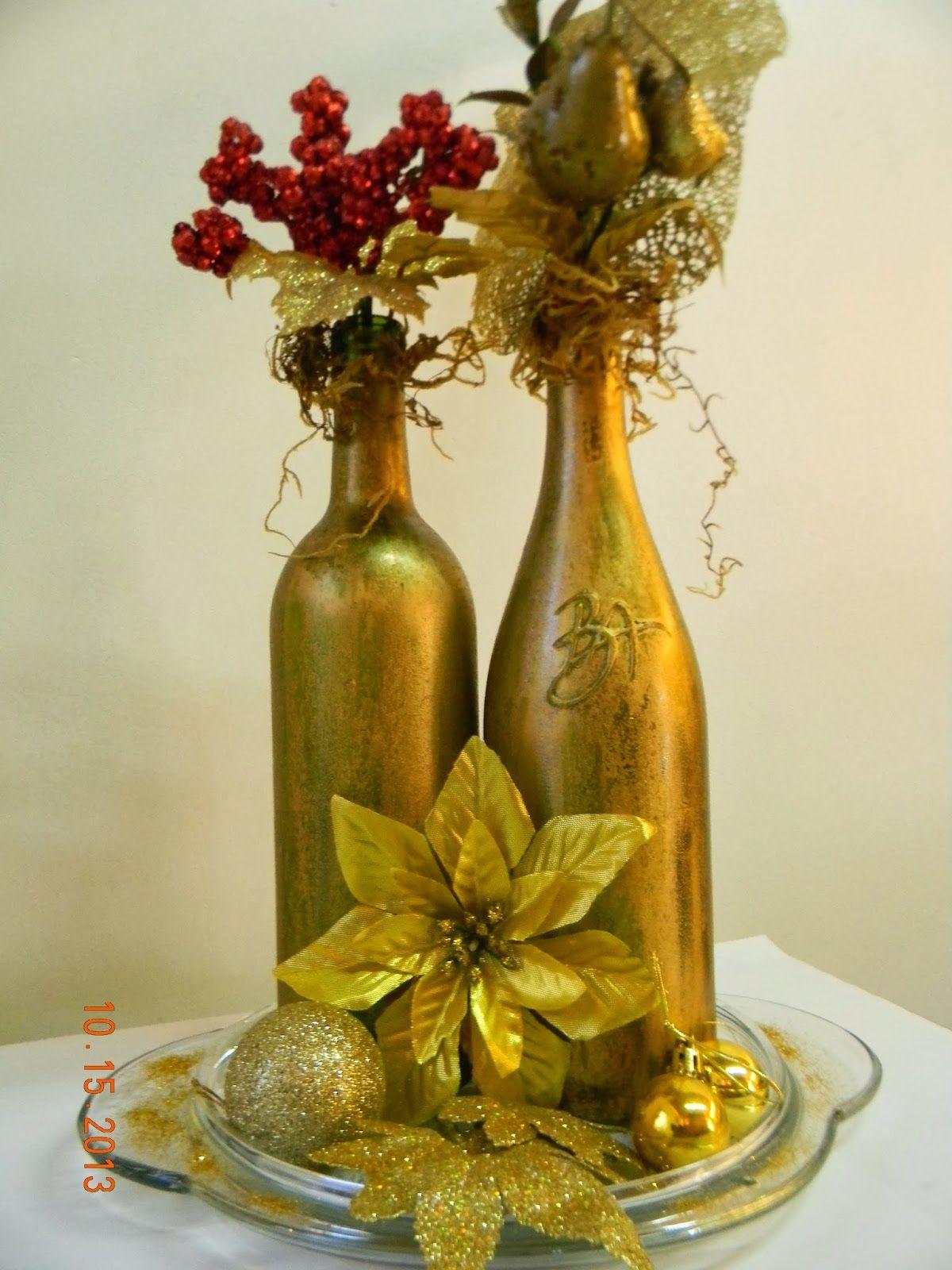 Resultado de imagem para arranjos de natal com garrafas de vidro Natal Garrafas decoradas  -> Decoração De Natal De Mesa Com Garrafa Pet