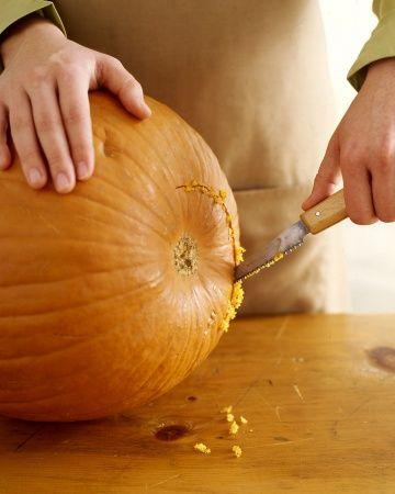 How To Carve A Pumpkin Halloween Pumpkins Carvings Halloween Pumpkins Pumpkin