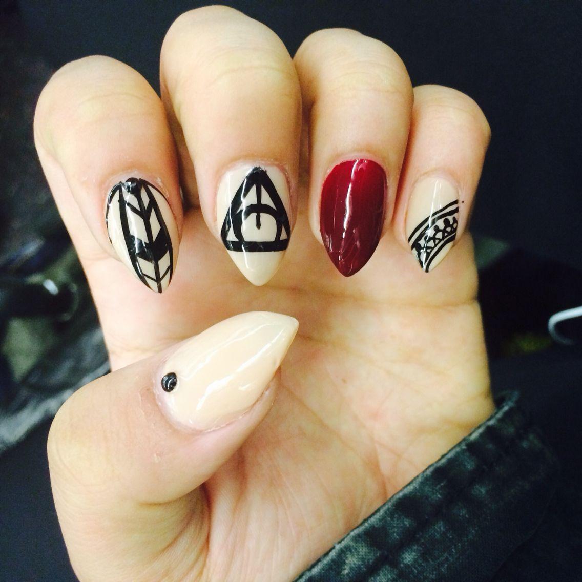 Keep those nails on Fleek ladies ! Illuminati nails .. #nails ...