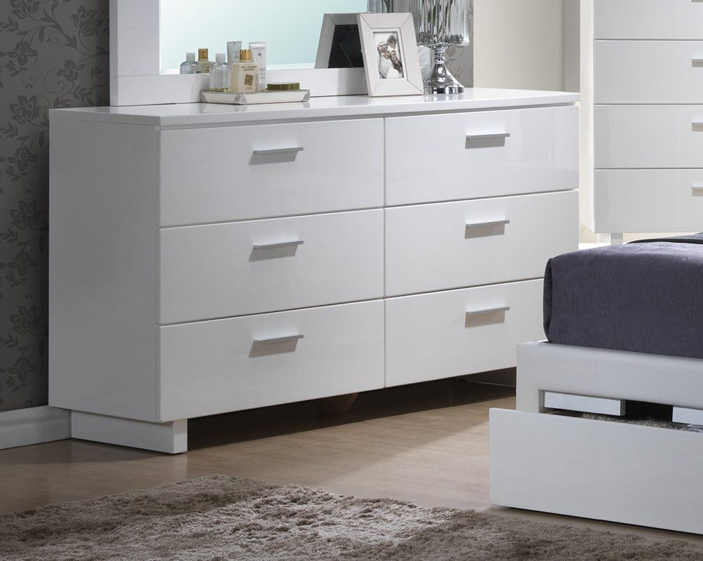Create The Ideal Look For Your Bedroom Or Guest Room With This Brilliant White Dresser Combining A Sleek Modern Double Dresser White Dresser 6 Drawer Dresser [ 800 x 1001 Pixel ]