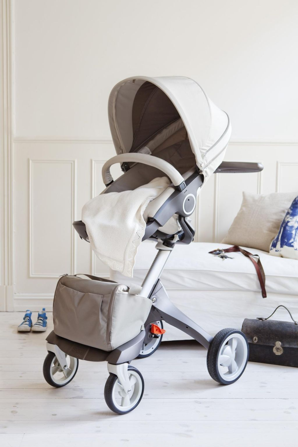 Stokke Xplory beige, such a cool stroller! Baby
