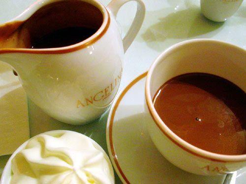 Hot chocolate, Angelina, 226 Rue de Rivoli, 75001