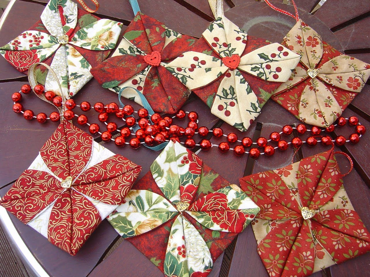 Folded fabric christmas ornaments patterns - Katrina S Tutorials Fabric Ornament Number Two
