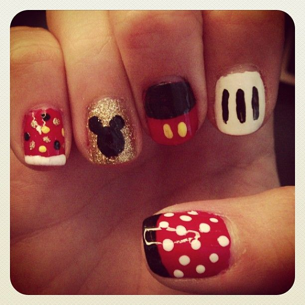 Disney Inspired Nail Art. Mickey Mouse. Minnie Mouse. More pictures ...