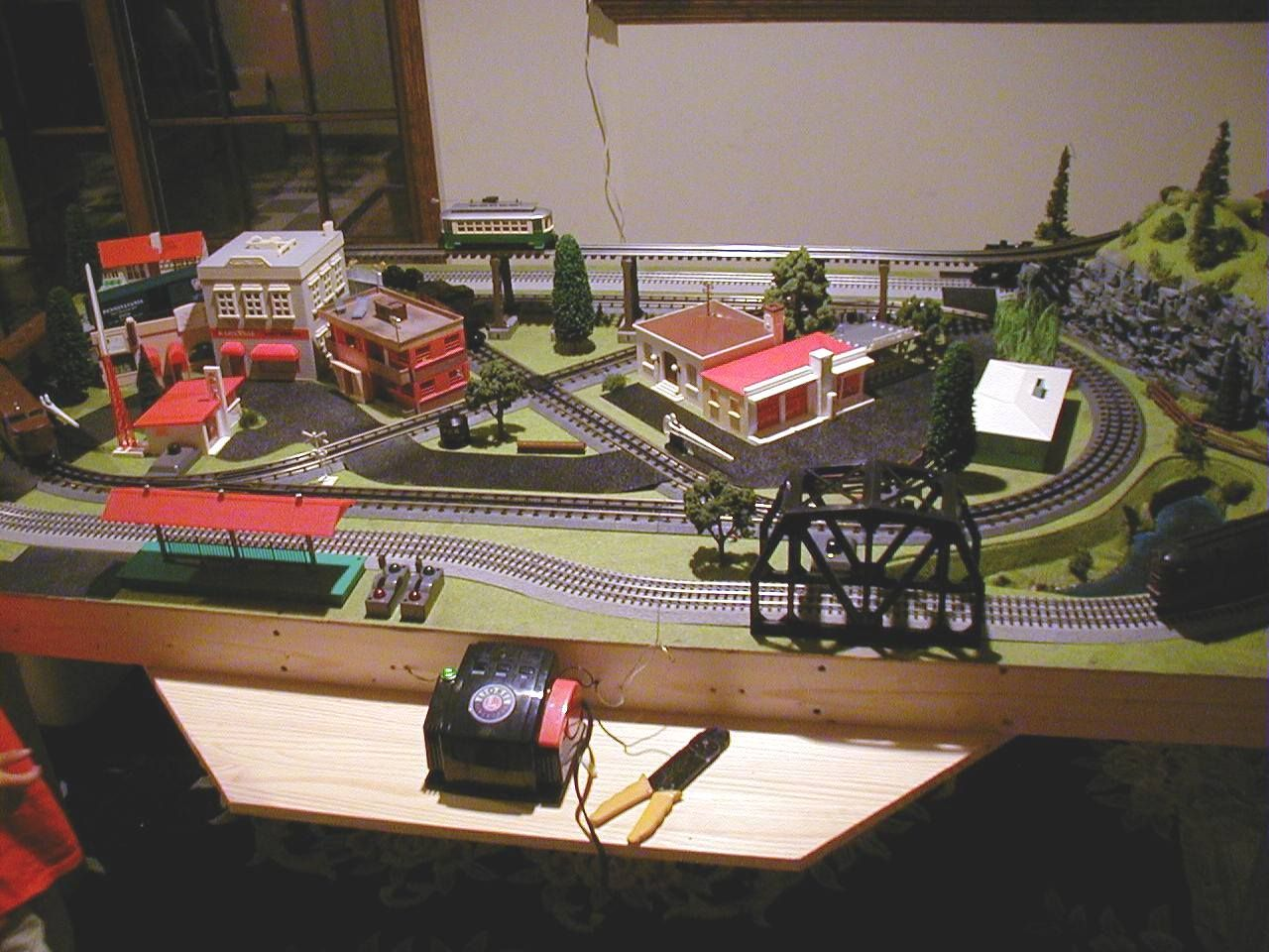 mini things 4 u0027 x 8 u0027 o scale layout with mth track and lionel u0026 k