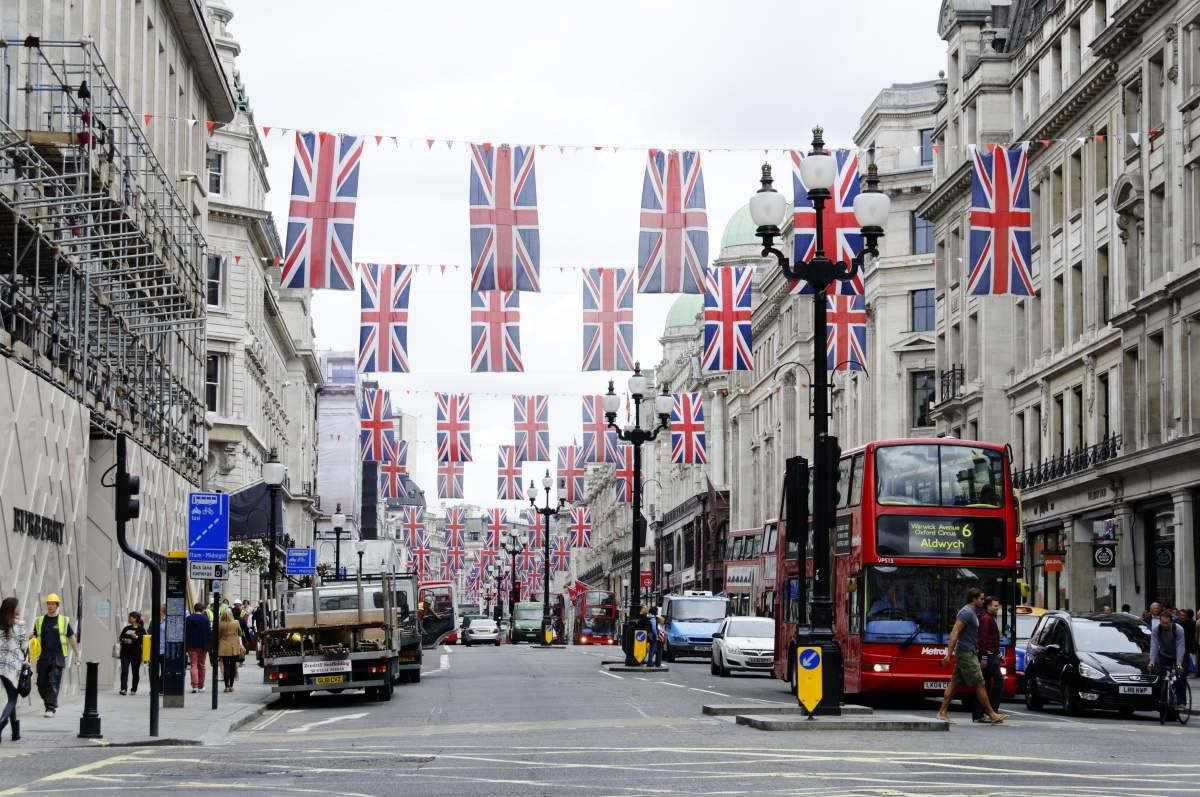 26 Reasons to be proud you�re English!