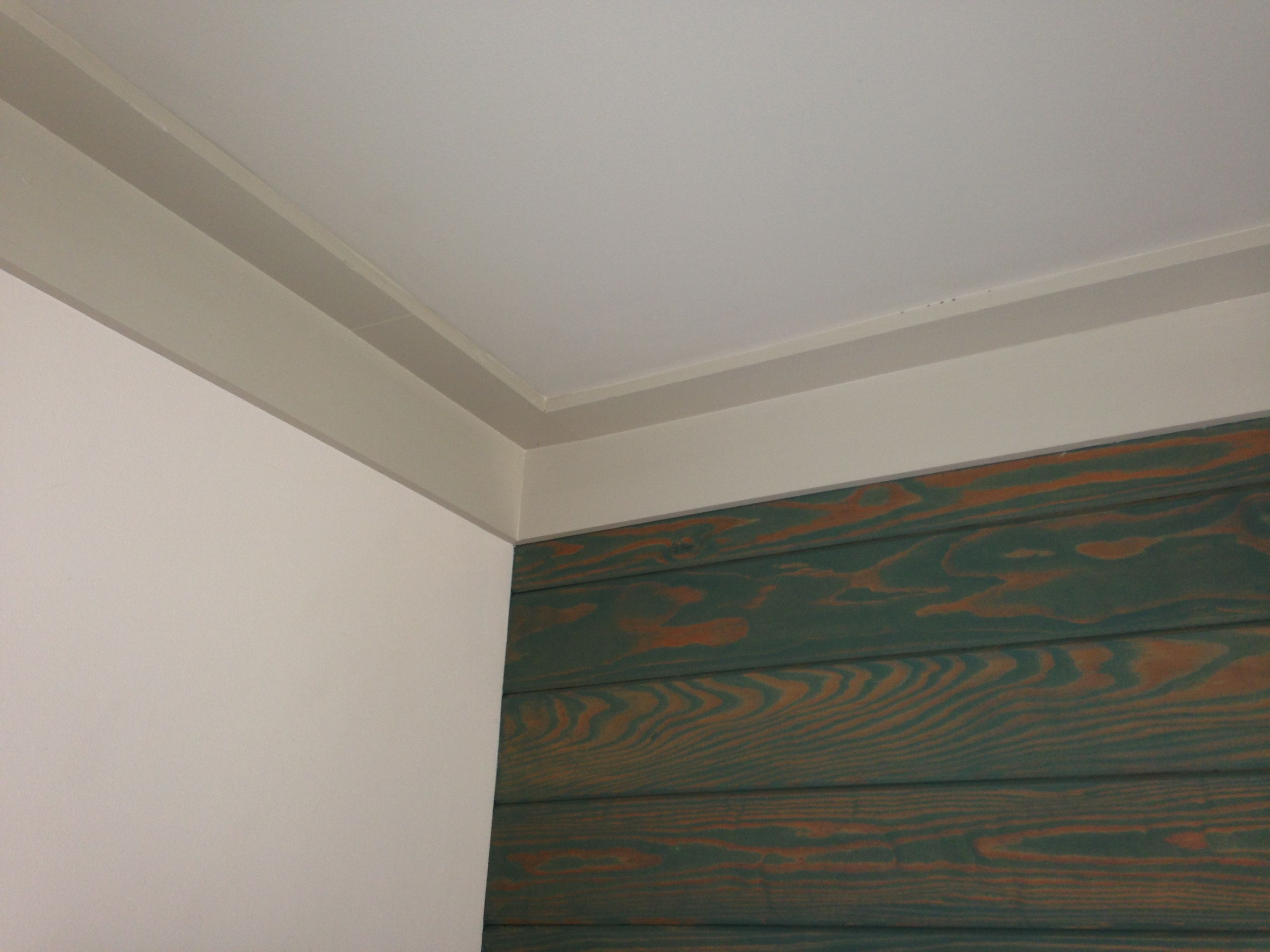 Painted 1x S The Ceiling Instead Of Crown Molding Moldings And Trim Ceiling Trim Crown Molding
