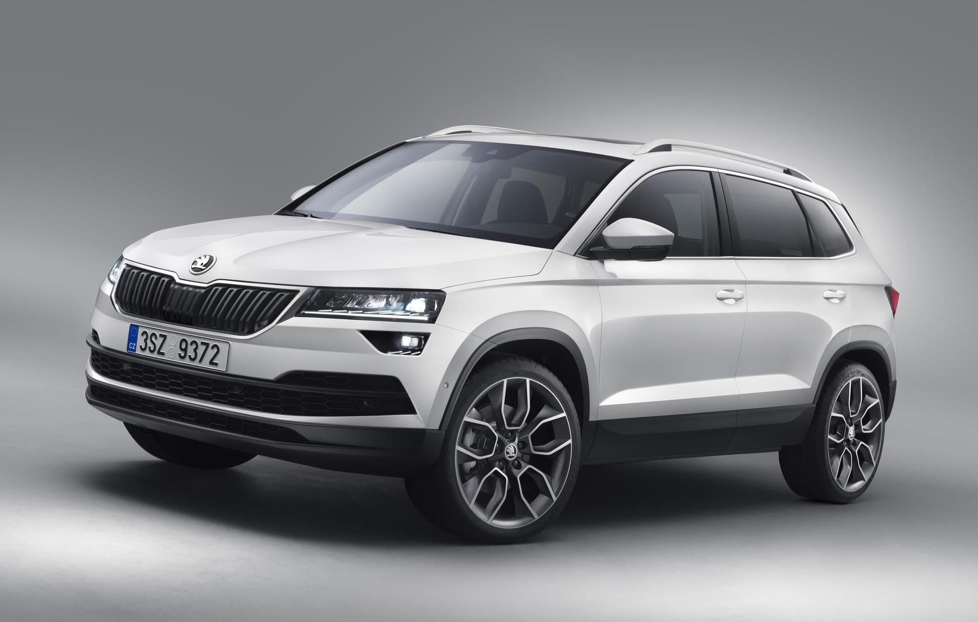 The Skoda Karoq New Compact Suv With Lots Of Space And State Of
