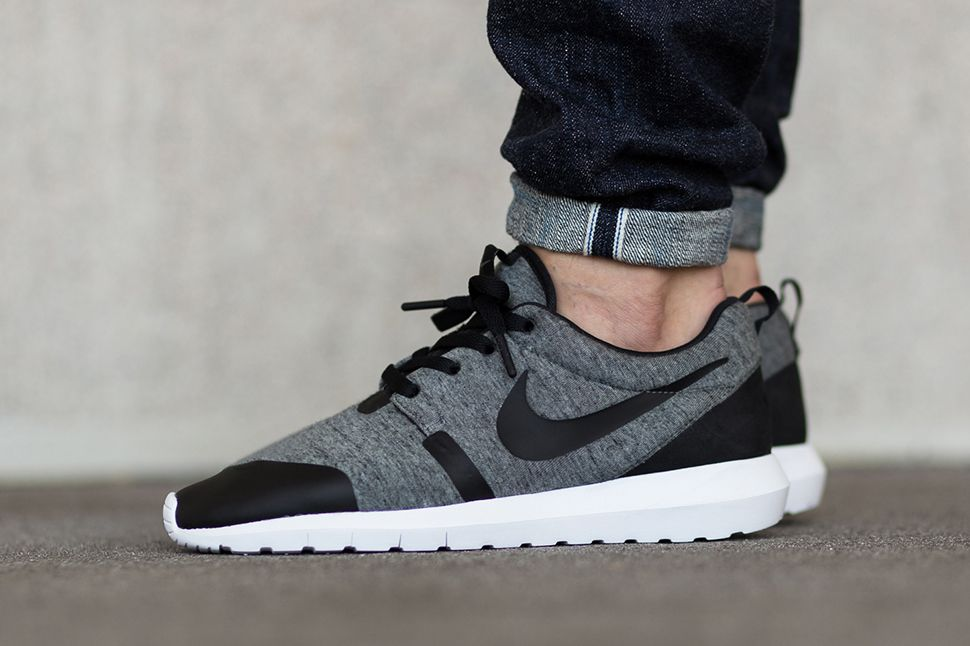 Hommes Nike Roshe Un Nm Chaussures Casual Polaire