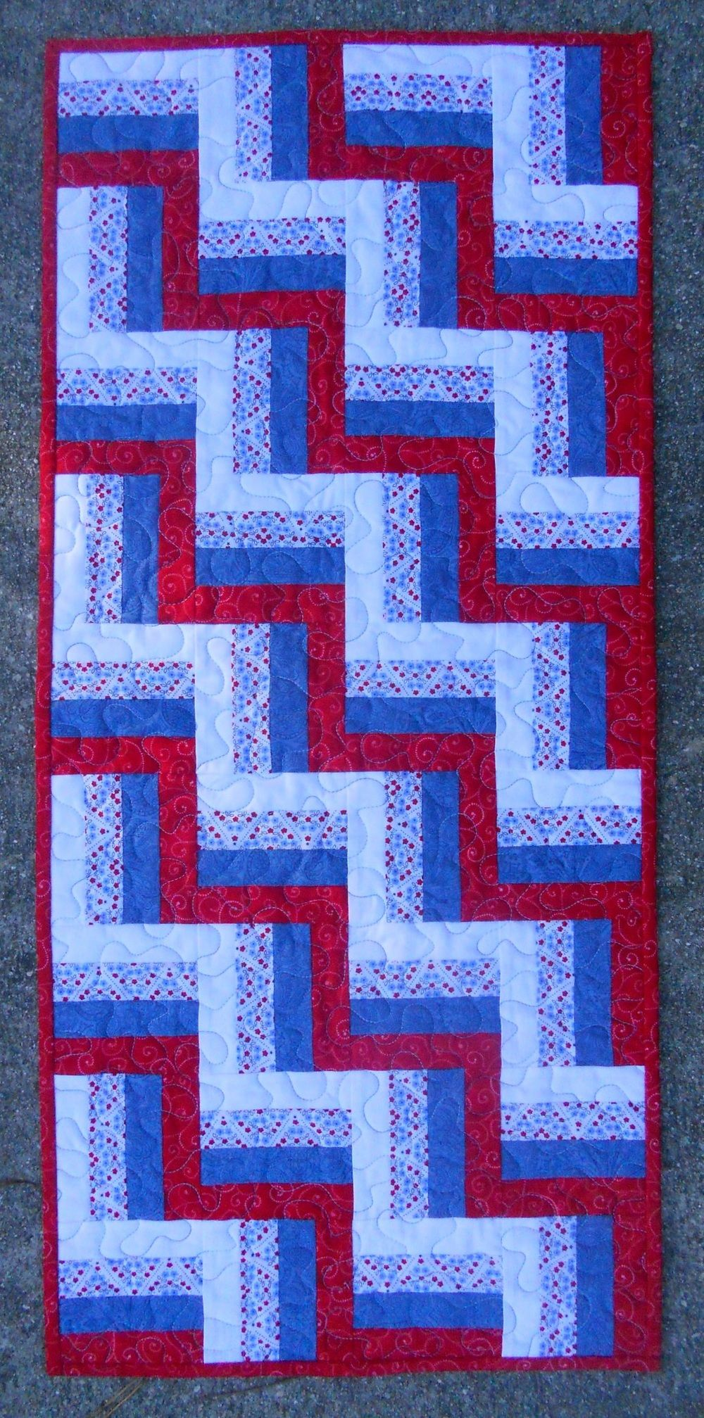 lickity split rail fence table runner quilting table runners rh pinterest com Country Table Runners Quilted Table Runner Patterns