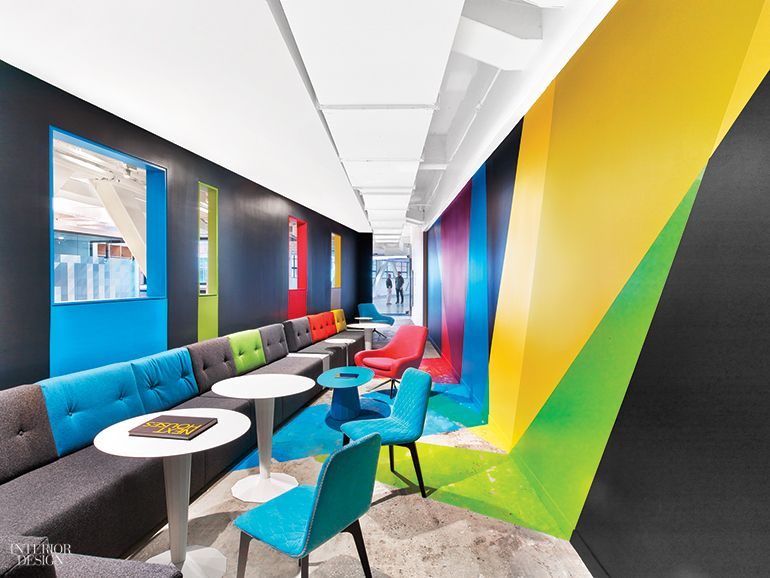 Googleu0027s NYC Office By Interior Architects Has Eye Catching Features At  Every Turn
