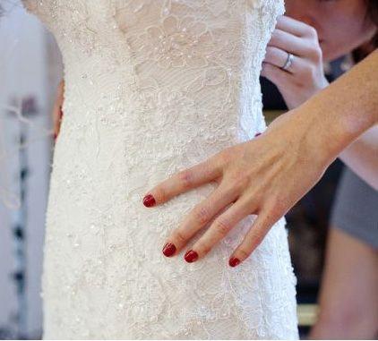 red wedding day nails bridal