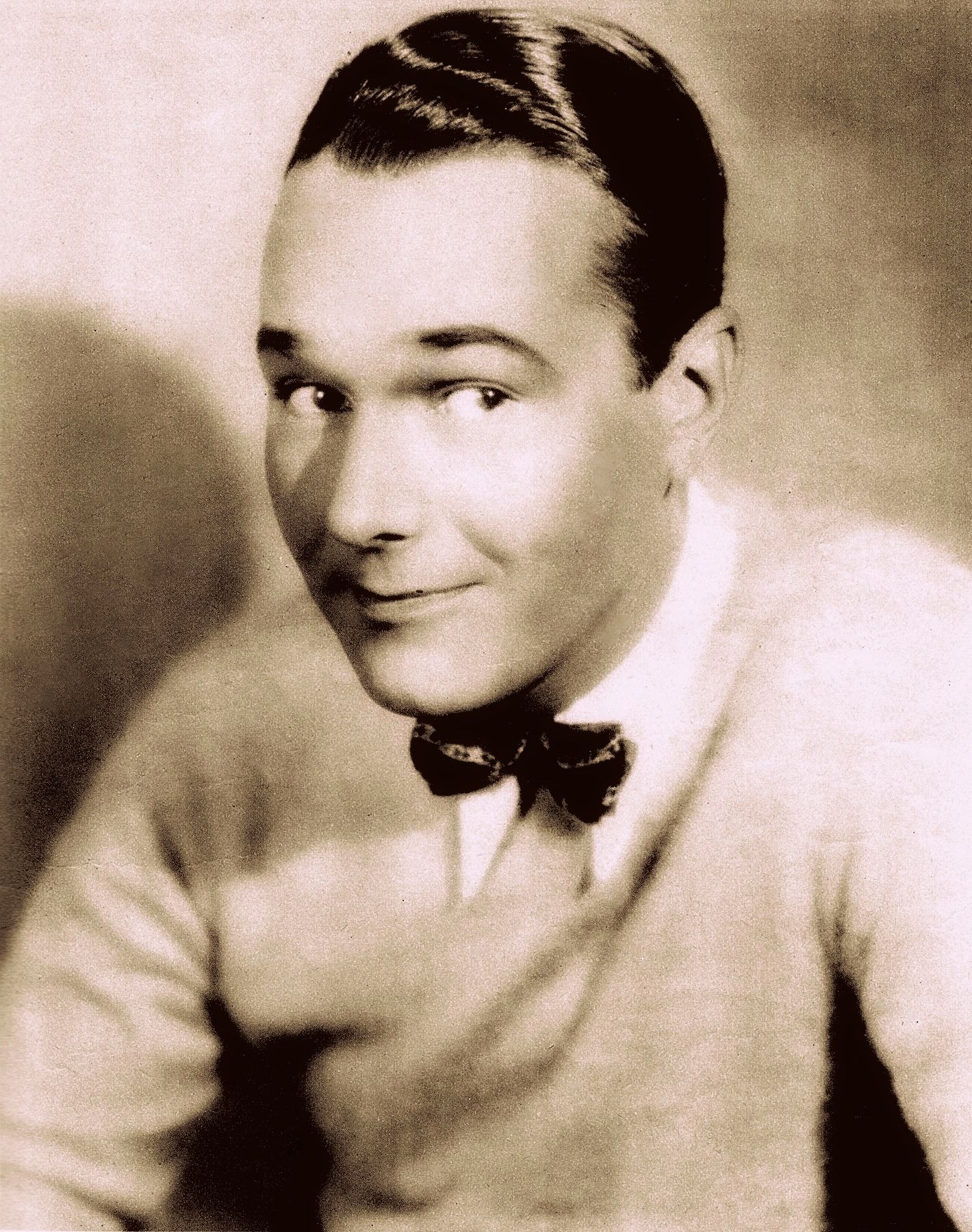WILLIAM 'Billie' HAINES (Motion Picture March 1930) top gay actor who refused to tow the studio line, & pretend to be straight & lived openly with his partner of 50 years. Best friend to Joan Crawford who set him up as an interior decorator, & asked all her friends to help. See the doco on his life www.youtube.com/... and the book Class Act by Peter Schifando & Jean H. Mathison (2005) (please follow minkshmink on pinterest) #billiehaines #williamhaines