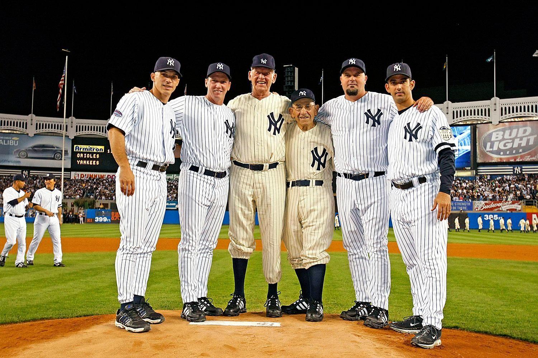 Pin By Wanda Morey Blair On Misc Ideas Yankees New York Yankees Ny Yankees