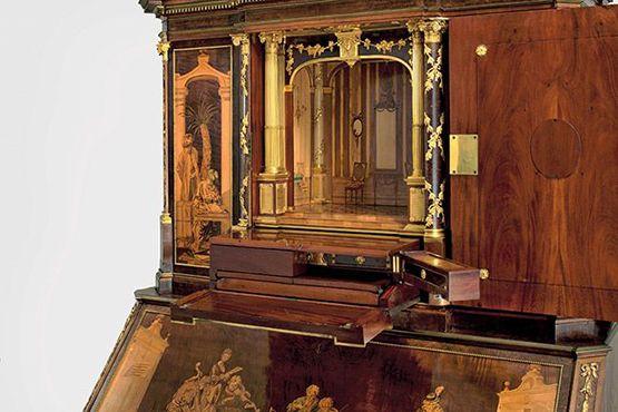 Gabinete Dos Roentgen Compartimentos Secretos Antique Desk Antiques Mirror Table