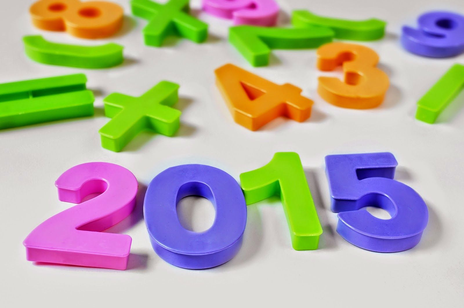 Happy New Year 2015 Quotes(http://www.happynewyear2015quotes.com/) Happy New Year 2015 - Providing with best happy new year HD wallpapers, Messages, Quotes, Happy New Year 2015 Greetings, New year 2015 calender, New year history and much more..!!