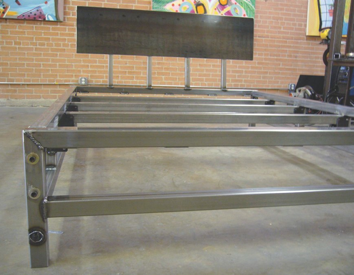 Cool Metal Bed Frames check out this metal bed rom weld house! very cool. it even has an