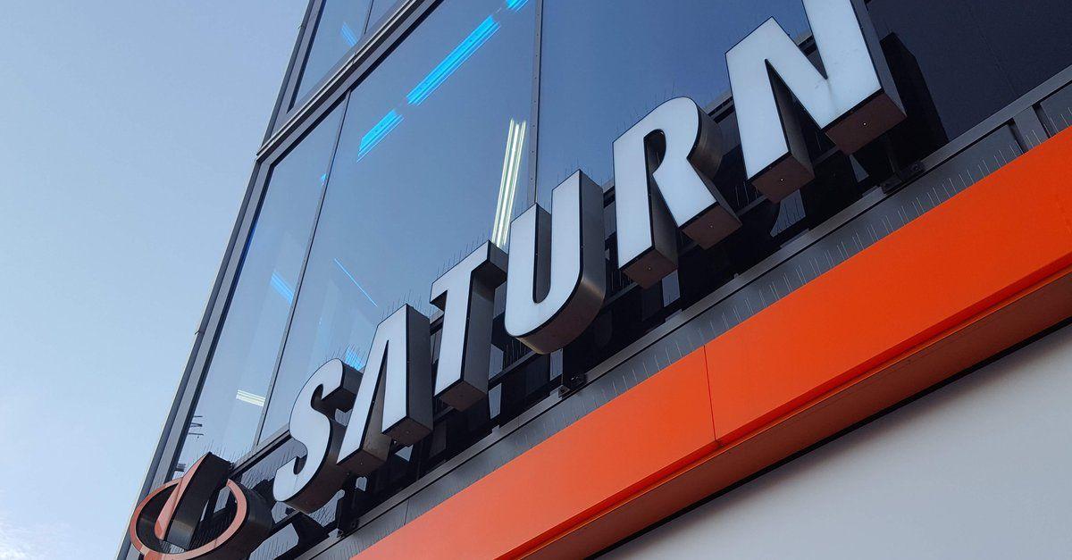 Nur Noch Wenige Stunden Saturn Prospekt Mit Geschenken Fur Alle Die Bundle Angebote Im Preis Check Apple Handys Mac Mini Und Speicherkarte