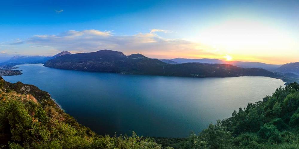 Près de Lyon : pendant quelques jours, le lac du Bourget