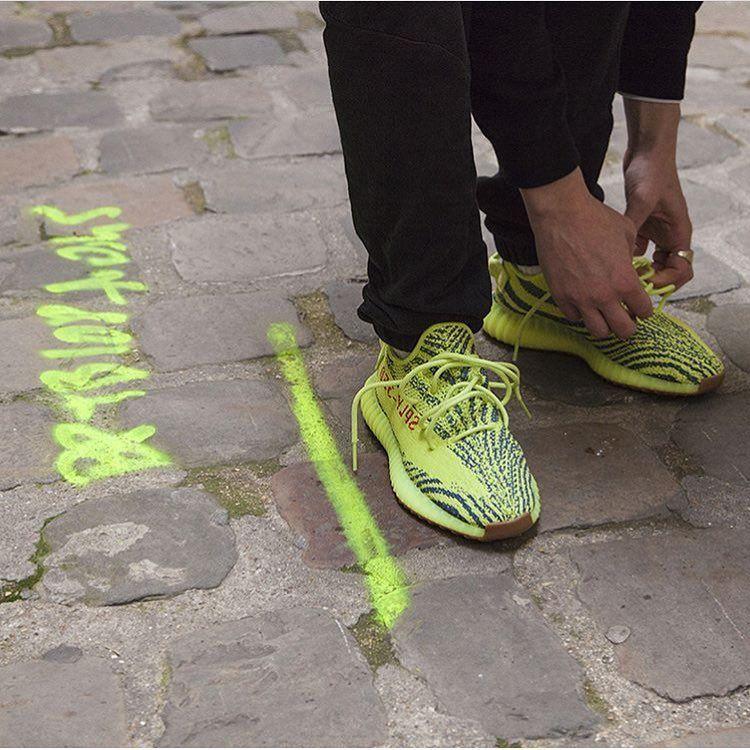¡Ese color!El @ adidasoriginals Yeezy Boost 350 V2 congelados