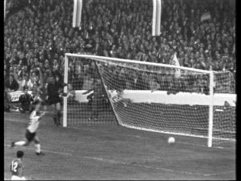 Wm 1966 Halbfinale Deutschland Udssr 2 1 German Tv Weltmeisterschaft Leben In Deutschland Deutschland