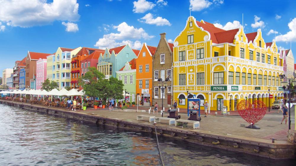 25 Best Places Caribbean Islands To Visit The Bahamas Amazing Places Thecrazytraveltrip Karibische Inseln Karibikinseln Curacao