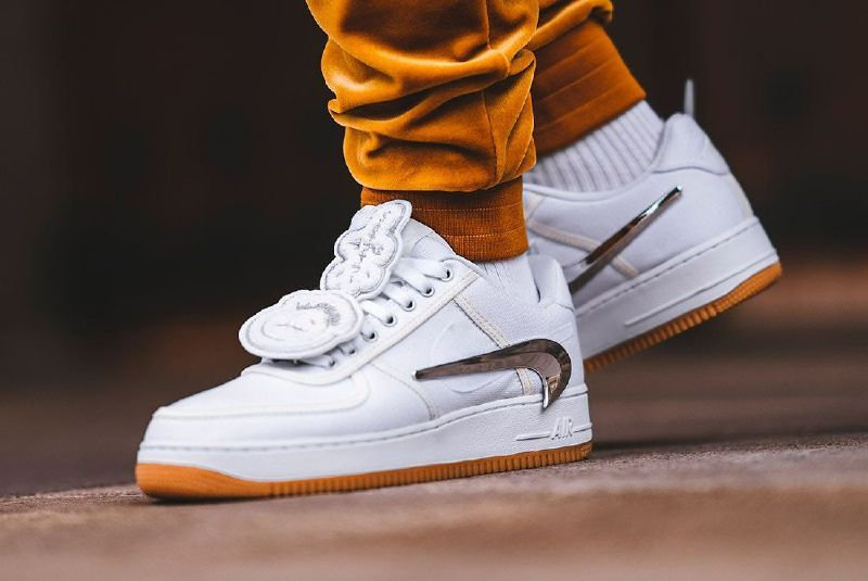 Following the ComplexCon exclusive release of the OFF WHITE x Nike Air  Force 1  397464e94